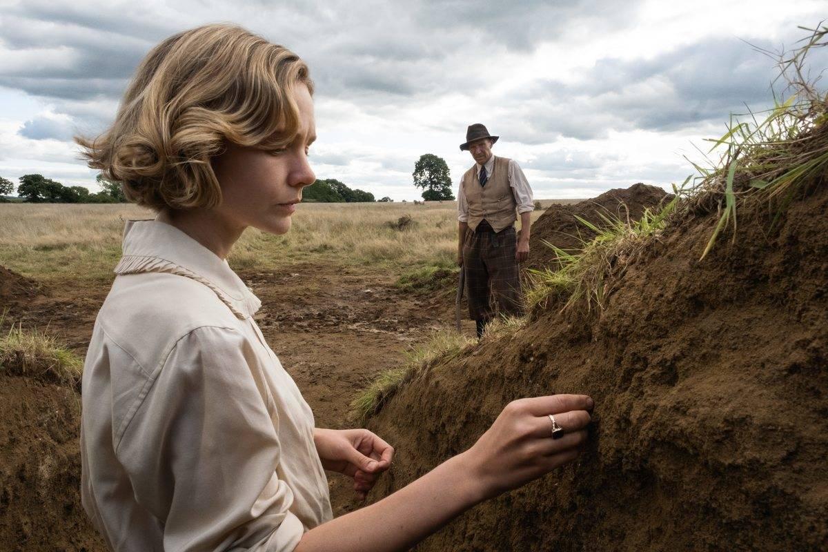 Actors in The Dig